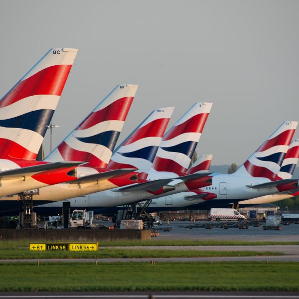 4 British Airways Pilots DEAD Following COVID-19 Injections – Spain and Russia Prohibit 'Vaccinated' from Air Travel